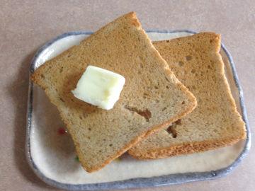 daisen_batter_on_bread