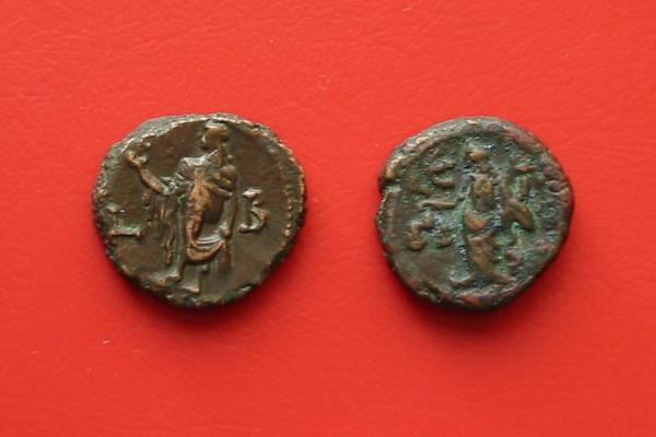 Maximianus Herculius皇帝下のテトラドラクマ(古代ギリシャの銀貨)エルピスを擬人化したもの