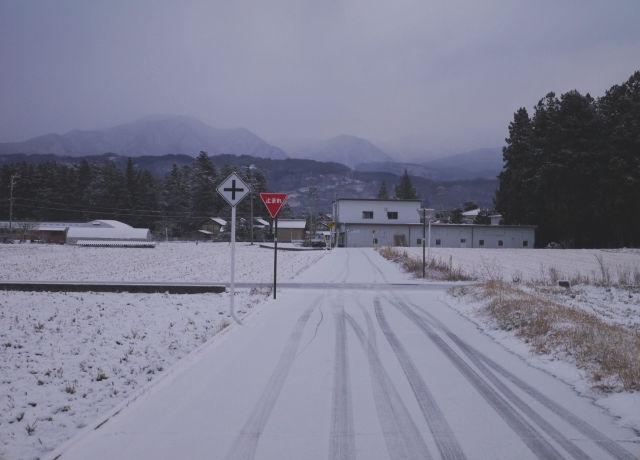 雪道-交差点