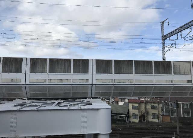 新幹線沿い